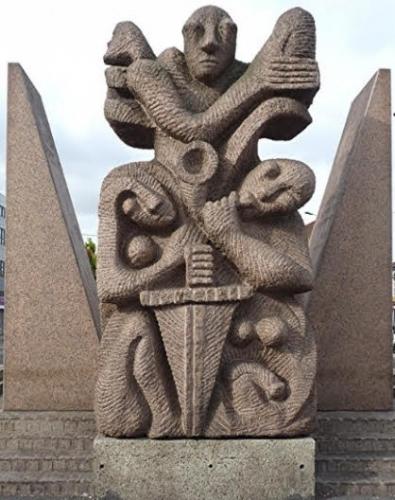 statue La Courneuve.jpg