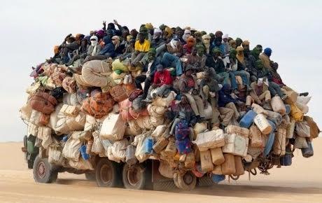 camions d'immigrés.jpg