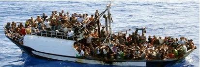 bâteau d'immigrés.jpg